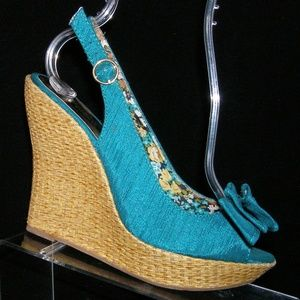 Charlotte Russe turquoise slingback wedges 7
